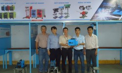 Nha Trang Vocational College - the 19th school received sponsorship welding machine from Hong Ky